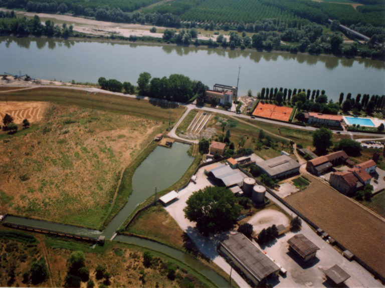 Vasca di carico e canale Principale di Irrigazione del bacino Casalasco Viadanese all'impianto di derivazione irrigua dal fiume Po a Casalmaggiore